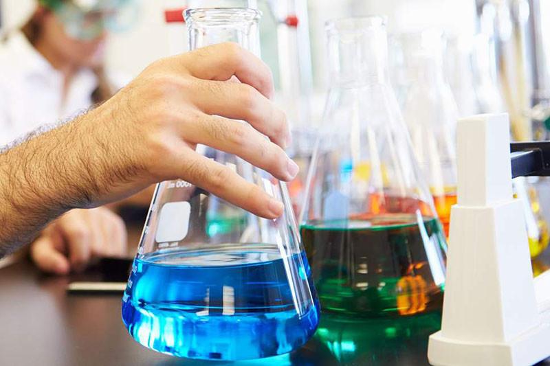 Công dụng không ngờ tới của hóa chất thí nghiệm.