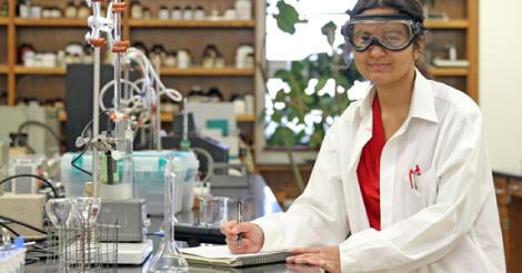 Mua hóa chất phòng thí nghiệm ở TPHCM